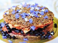 Little Bird's raw apple and blueberry cake - Viva