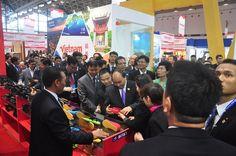 Thủ tướng muốn hàng Việt mở rộng thị trường vào Trung Quốc ASEAN