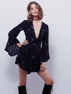 Free People Jasmine Embroidered Sz 6 In Storm (black With Pale Cornflower Blue Flowers) Dress. Save 16% on this beautiful Free People Jasmine Embroidered Sz 6 In Storm (black With Pale Cornflower Blue Flowers) Dress Could you get it for less? Click here to find out!