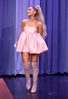 Here is Ariana Grande Outfits for you. Ariana Grande Outfits the 9 best ariana grande outfits of the year who what wear. Ariana Grande Outfits, Ariana Grande Fotos, Ariana Grande Images, Ariana Grande Legs, Ariana Grande Concert, Ariana Grande Grammys, Who What Wear, Stylish Outfits, Cute Outfits