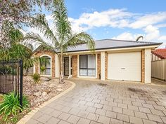 #Home in Morphett Vale sold by Tristan Edwards from the Professionals Christies Beach, real estate agency - 08 8382 3773. #RealEstate #Palm