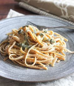 Cheese Pumpkin, Pumpkin Puree, Pumpkin Pasta Sauce, Vegetarian Main Course, Pasta Dinners, How To Cook Shrimp, Pasta Recipes, Linguine, Ethnic Recipes