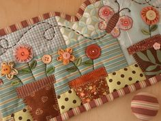 "Notice the DIP in the border ---LOVE that idea! and also adore the use of checks ---definitely going to incorporate these two cute ""twists"" into a binding soon!"