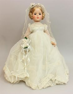 1946 Madame Alexander Composition bride doll with Margaret face. 1946 Madame Alexander Composition bride doll with Margaret face. Victorian Dolls, Antique Dolls, Vintage Dolls, Beautiful Dolls, Beautiful Bride, Vintage Madame Alexander Dolls, Barbie, Bride Dolls, Thing 1