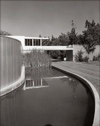ARTIST: Julius Shulman  TITLE: Von Sternberg Residence  (Richard Neutra, architect)  DATE: 1935  MEDIUM: recent gelatin silver print  SIZE: h: 20 x w: 16 in