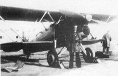 """Fiat CR.32 """"Chirri"""" capturado y puesto en servicio por la Aviación republicana. Aircraft Design, Military History, Military Aircraft, Fiat, Cannon, World War, Air Force, Aviation, Spanish"""