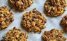 These Zucchini Bread Breakfast Cookies are the perfect make-ahead breakfast! Full of wholesome ingredients with some veggies snuck in! Granola, Omelette Roulée, Desserts With Biscuits, Dessert Biscuits, Pudding Ingredients, Nutrition, Love Eat, Breakfast Cookies, Zucchini Bread