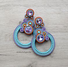 You can find this soutache earrings in my shop. Fabric Jewelry, Etsy Jewelry, Boho Jewelry, Jewelry Crafts, Jewelery, Handcrafted Jewelry, Earrings Handmade, Soutache Necklace, Japanese Embroidery