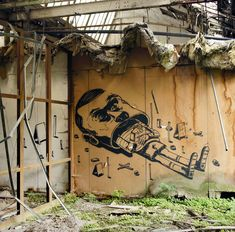 I Don't Wanna Grow Up @ Gent Belgium / 2011    Via smitheone.tumblr.com