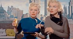 """margaux-hemingway: """"Marilyn Monroe and Betty Grable in How to Marry a Millionaire """" Vintage Hollywood, Classic Hollywood, Margaux Hemingway, Marilyn Monroe Gif, Cinema Tv, Greta, Lauren Bacall, Marlene Dietrich, Star Wars"""