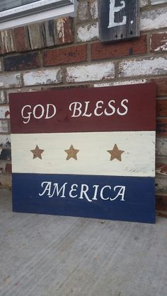 God Bless America,  pallet sign by Wendy, Speaks Creations