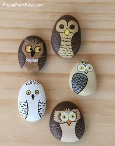 Rock Painting Crafts – Creative Painting for Kids - A More Crafty Life Rock Painting Patterns, Rock Painting Ideas Easy, Rock Painting Designs, Painting For Kids, Diy Painting, Summer Painting, Painted Rock Animals, Painted Rocks Craft, Hand Painted Rocks