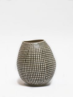Shio Kusaka, (grid 8), 2010, Porcelain | black white pottery ceramics