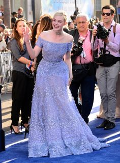 "Elle Fanning In Elie Saab attends the World Premiere of Disney's ""Maleficent"", at the El Capitan Theatre on May 2014 in Hollywood, California. Elie Saab, Celebrity Outfits, Celebrity Style, Reign Fashion, Dakota And Elle Fanning, Designer Evening Dresses, Couture Dresses, Formal Dresses, Wedding Dresses"