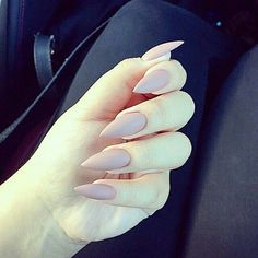 Learn how to remove acrylic nails at home. We've covered all you need to know to take care of your acrylic nails like a seasoned professional. Stiletto Shaped Nails, Matte Stiletto Nails, Pointed Nails, Coffin Nails, Remove Acrylic Nails, Acrylic Nails At Home, Acrylic Nail Designs, Super Nails, Gorgeous Nails