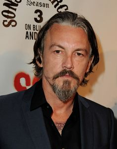 """Tommy Flanagan Photos Photos - Actor Tommy Flanagan arrives at a screening of FX's """"Sons of Anarchy"""" at the Cinerama Dome Theater on August 2011 in Los Angeles, California. - Screening Of FX's """"Sons Of Anarchy"""" - Red Carpet Uk Actors, Actors & Actresses, Tommy Flanagan, Norman Mailer, Favorite Son, Love My Man, Tough Guy, Sons Of Anarchy, Lady And Gentlemen"""