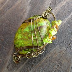 Pendant Wire Wrapping - | http://newjewelrytrends.blogspot.com