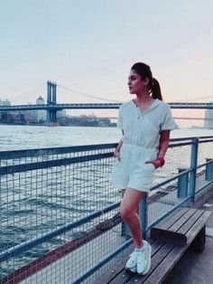 Nayanthara (aka) Nayantara photos stills & images Bollywood Actress Hot Photos, Tamil Actress Photos, Bollywood Fashion, Most Beautiful Indian Actress, Beautiful Actresses, Nayanthara In Saree, Nayanthara Hairstyle, Hollywood Actresses, Indian Actresses
