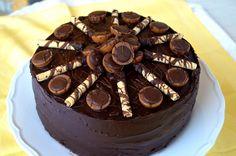 A fiam 8. szülinapjára sütöttem ezt a tortát és beváltotta a hozzáfűzött reményeket! Croissant, Cakes And More, Nutella, Food And Drink, Menu, Sweets, Snacks, Cookies, Fiam
