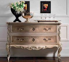 Refurbished Furniture, Paint Furniture, Furniture Makeover, Bedroom Furniture, Furniture Design, Transforming Furniture, Furniture Painting Techniques, Classic Furniture, Living Room Bedroom