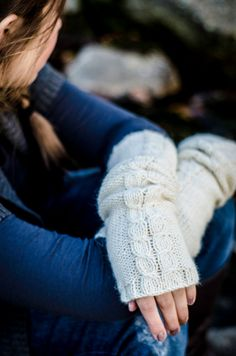 KNITTING PATTERN Snow on the Laurel Arm Warmers by whiletheyplay