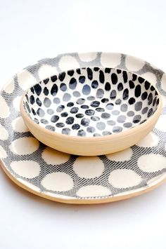Coordinating spots and dots make a charming pair in this sturdy two-piece serving set, perfect for bright foods and brunches. - Tray: wide x long - Bowl: diameter - Stoneware - Food safe, dishwasher safe - Made in New York City Ceramic Tableware, Ceramic Pottery, Ceramic Art, Kitchenware, Ceramica Artistica Ideas, Assiette Design, Deco Paris, Cerámica Ideas, Safe Food