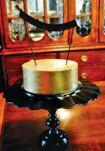 fringe-bunting-gold-cake-topper