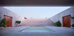 Patio de la planta baja. Casa Dalton por Alberto Morell. Fotografía © Javier Callejas.