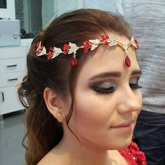 MAKEUP MUTLULUK  . . . . . . . . . . . . #makeup#mac#insta#henna#night#bride#smoking#fresh#amazing#moda#style