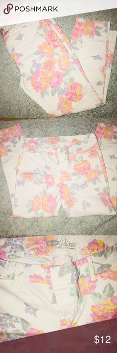 NWOT Pixie Pants🧚♀️ Ankle Cut Old Navy Pants Ankle & Cropped
