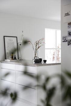 Mange av oss har pusset opp et kjøkken, eller vi planlegger å gjøre det – og uansett om det er i en liten leilighet eller i et nytt hus med god plass skal arealetutnyttes best mulig. Kjøkkenet er ofte … Les videre