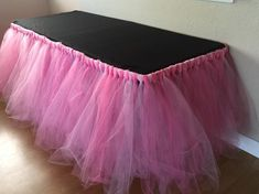 Ideas Baby Shower Table Skirt Minnie Mouse For 2019 Baby Girl Shower Themes, Baby Shower Table, Girl Baby Shower Decorations, Birthday Party Decorations, Tulle Table Skirt, Tutu Table, Diy Tutu, Tulle Tutu, Pink Tulle
