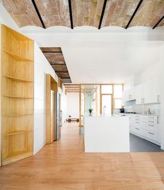 Interior. Casa Poblenou por Cavaa Arquitectes. Fotografía © Filippo Poli.
