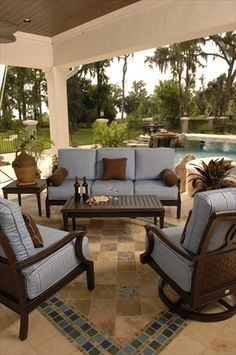 outdoor living room. Simple yet comfy & cozy.
