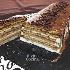 Esta receta de tarta helada de galletas y chocolate es un triunfo total. La elaboración es facilísima y, como no lleva cocción, siempre sale bien.
