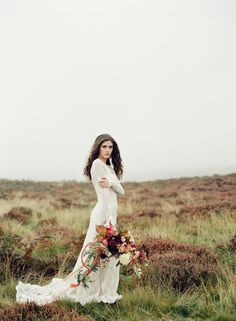 Autumn Heather Inspired Wedding Style   Wedding Sparrow   Taylor & Porter Photographs