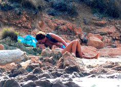 Heidi Klum troca carinhos quentes com namorado 13 anos mais novo