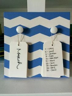 Birthday Board: mine is a little different than the original pin I saw of this. Ideen Birthday B Family Birthday Board, Diy Birthday Reminder Board, Family Birthday Plaque, Classroom Birthday Board, Office Birthday, Happy Birthday, Birthday Calender, Birthday Display, Birthday Charts
