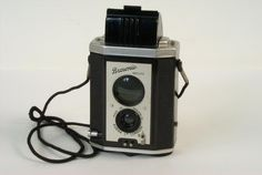 Brownie Reflex camera | Science Museum Group Collection
