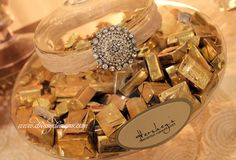 Candy buffet, gold, ivory