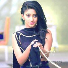 Shivangi Joshi Beautiful HD Photoshoot Stills Shivangi Joshi Instagram, Cute Emo Girls, Love Couple Images, Tashan E Ishq, Cute Girl Photo, Bollywood Fashion, Bollywood Actress, Girls Dpz, Celebs