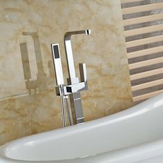 Single Handle Bathroom Tub Faucet Free Standing Square Tub Mixer Tap with Hand Shower Sprayer Chrome Brass