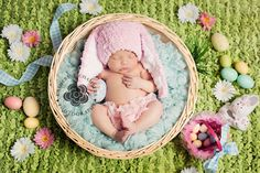 Easter newborn session by Cleveland newborn photographer Katherine Chambers Photography, www.katherinechambers.com