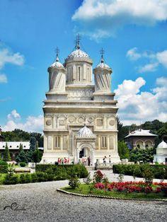 Curtea de Argeș Monastery #Romania