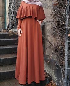 👗 Bahan scuba premium stretch, lebar keliling rok bawah by Modest Fashion Hijab, Abaya Fashion, Fashion Dresses, Dress Outfits, Hijab Evening Dress, Hijab Dress Party, Islamic Fashion, Muslim Fashion, Mode Abaya