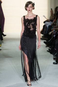 See the complete Marchesa Fall 2015 Ready-to-Wear collection.