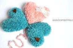 Kulíšek véčkový Tulip Big · Návody háčkování Krampolinka Tweed, Origami, Crochet Earrings, Slippers, Panda, Knitting, Tulip, Big, Tricot