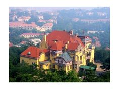Qingdao Travel Guide / Picture German style house
