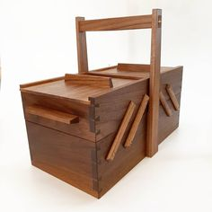 costurero, sewingbox, black walnut, nogal Woodworking, Black, Black People, Joinery, Wood Working, Woodwork, Carpentry, Woodworking Projects