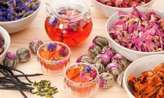 Herbal Tea vs Tisane – What Is The Difference? Homemade Tea, Peppermint Tea, Flower Tea, Flower Cafe, Tea Blends, My Cup Of Tea, Tea Recipes, Summer Recipes, Fish Recipes